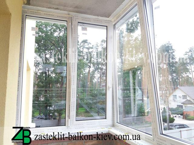 пластиковые окна на балкон в киеве недорого