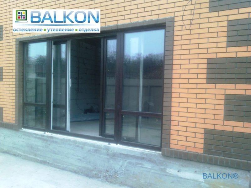 Остекление коттеджа ламинированными раздвижными окнами
