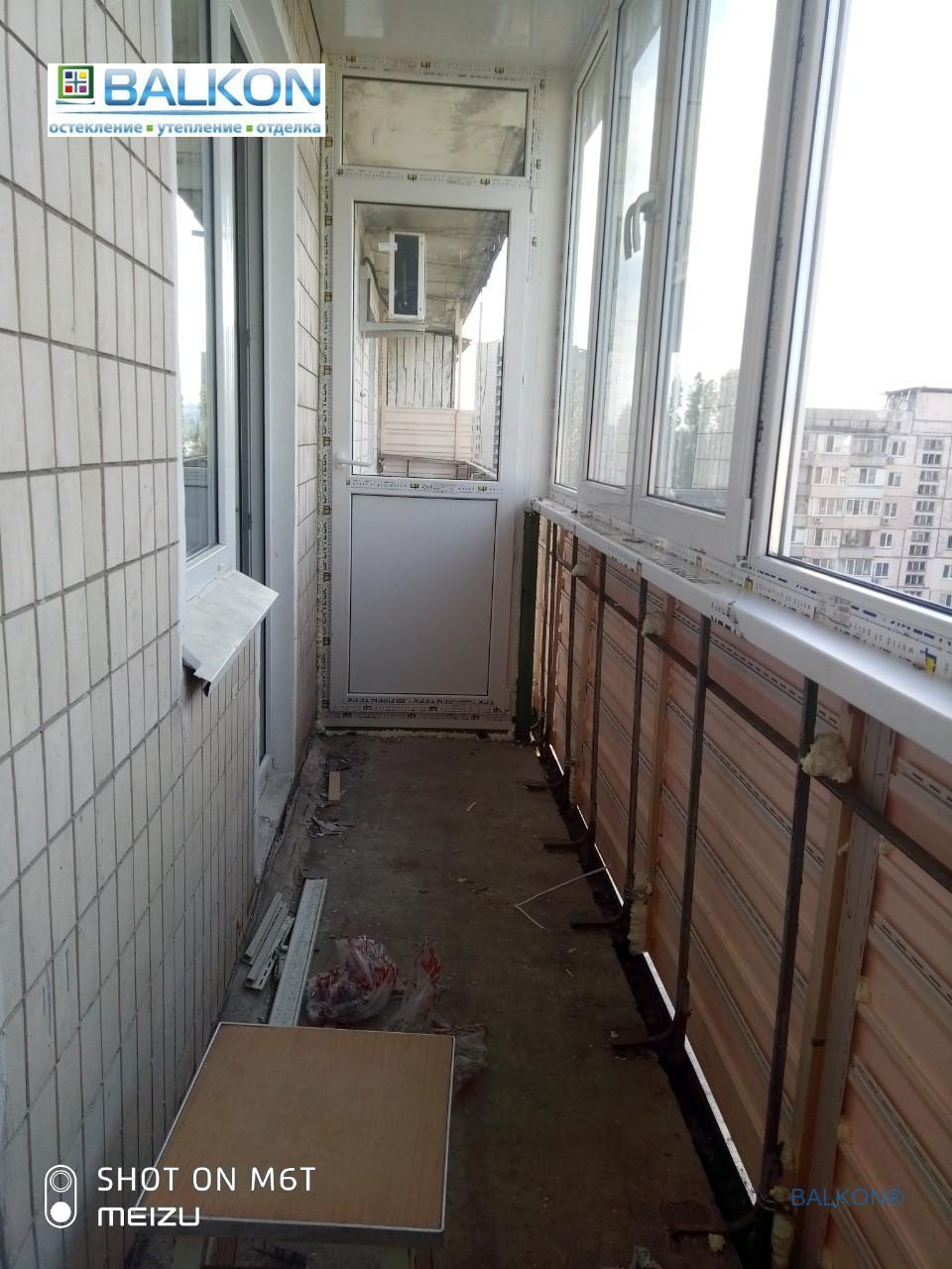 Пластиковый балкон Киев ул. Малиновского 3 - фото работы бригады 13