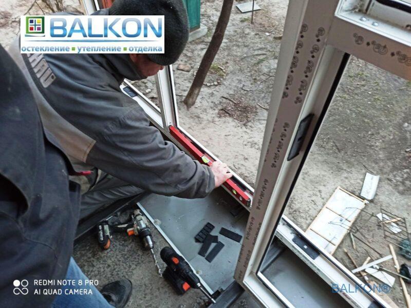 Вынос балкона по полу Киев ул. Дорогожицкая 16А фото © Застеклить Балкон